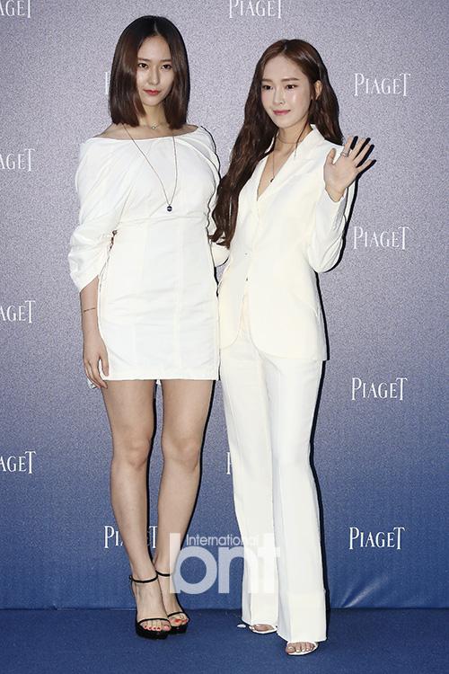 Jessica&Krystal等出席活动 气质姐妹魅力抢眼