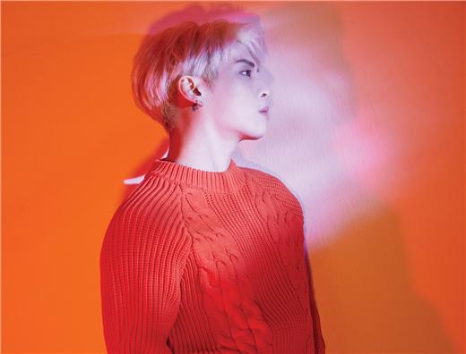 金钟铉专辑《Poet ᛁ Artist》 成Billboard年度Kpop专辑2位