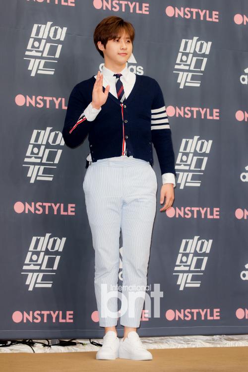 B1A4 CNU演出19日《音乐中心》 特别MC出击