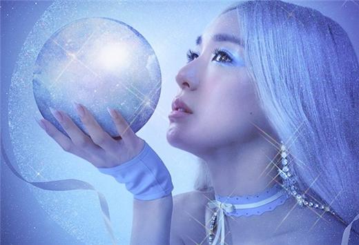 Tiffany确定于演唱会前发行全新单曲《Magnetic Moon》
