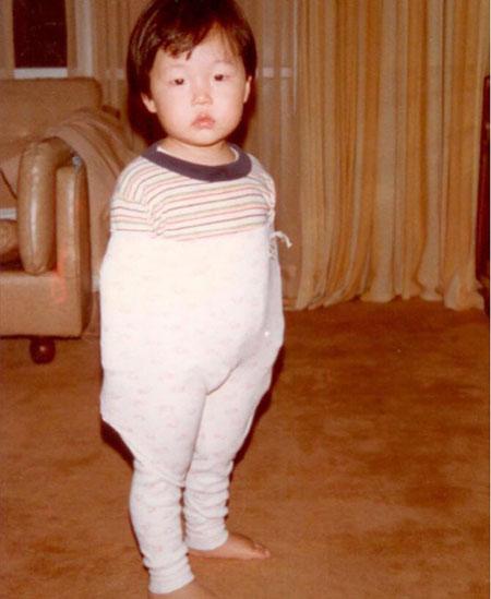 鸟叔PSY公开小时候的照片 自嘲:我是长残了的典型案例