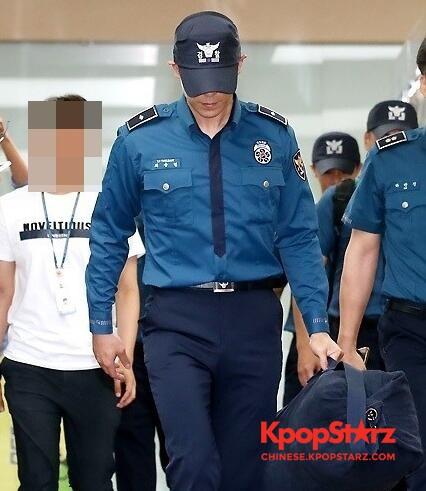 T.O.P至今未恢复意识 YG回应:正在等待检查结果
