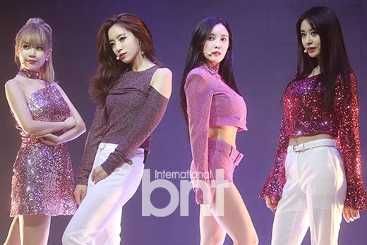 T-ara举行回归sc 绚烂舞台性感迷人