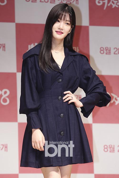 李侑菲确定出演新片《邻居》 与郑宇吴达庶合作