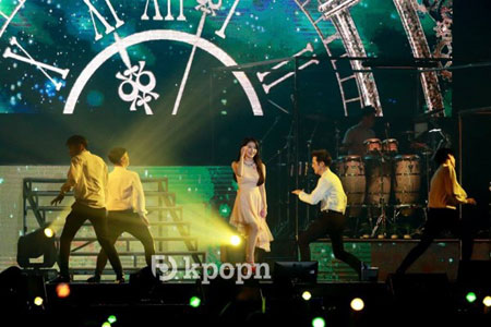 IU(李知恩)香港举办《Palette》巡迴演唱会唯一海外场 大秀广东话实力