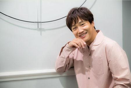 车太铉以特别MC身份参与节目《黄金渔场-RadioStar》录制
