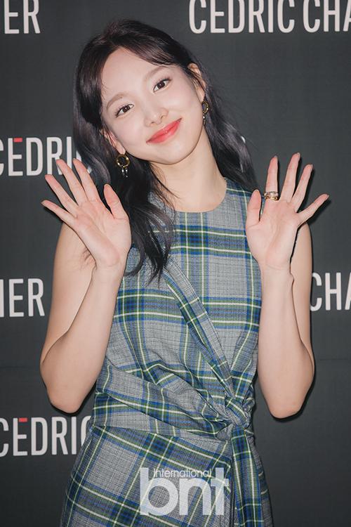TWICE娜琏遭受跟踪骚扰 JYP表示将尽力确保艺人安全