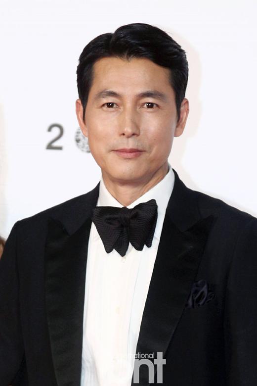 演员郑雨盛将担任制作人 参与Netflix科幻片《寂静的大海》制作