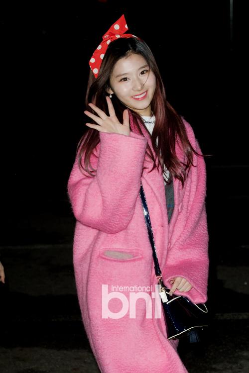 Twice成员Sana因肠炎就医 目前正在休息